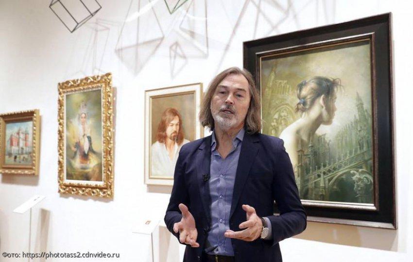 Анастасия Волочкова понадеялась найти мужа благодаря картинам Никаса Сафронова