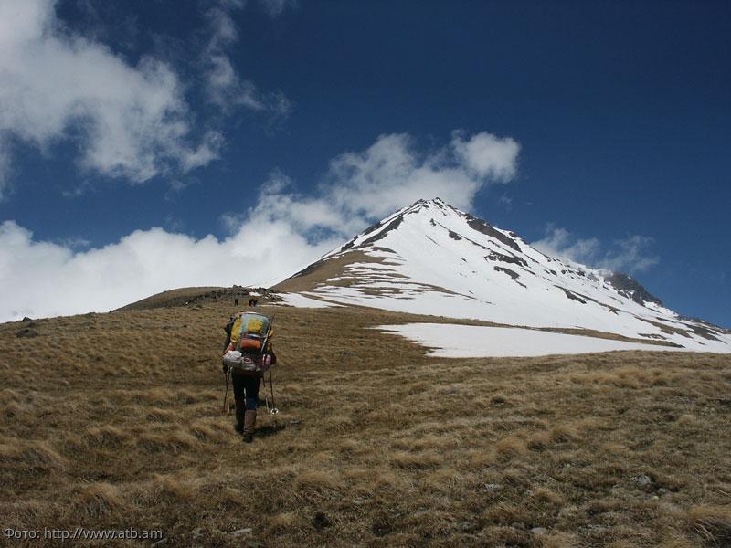 Армянская аномальная зона близ горы Арагац