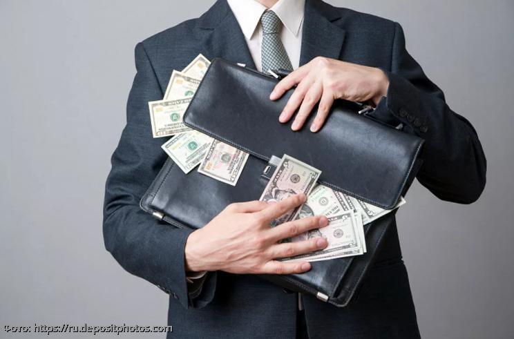 Павел Глоба назвал три знака зодиака, которым суждено стать богачами в декабре