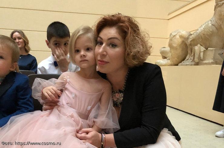 """Мать Тимати обеспокоена состоянием внучки Алисы: """"Есть психологические проблемы"""""""