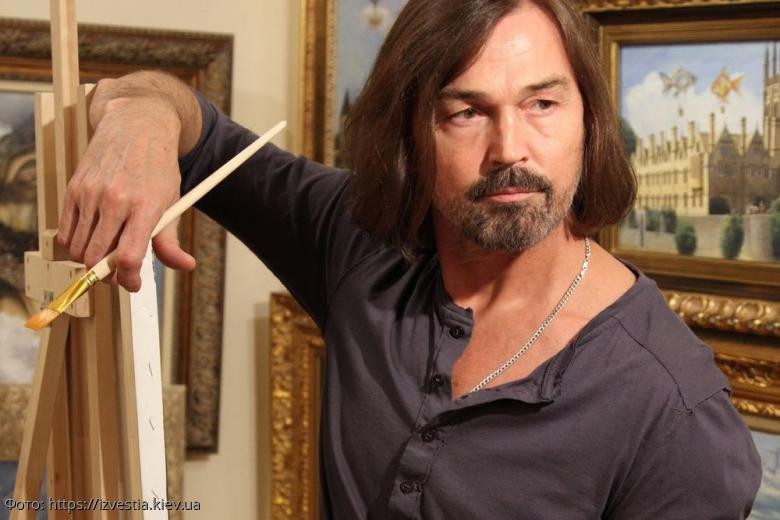 Никас Сафронов признался, что не стал бы рисовать Софию Ротару из-за ее проблем с лицом