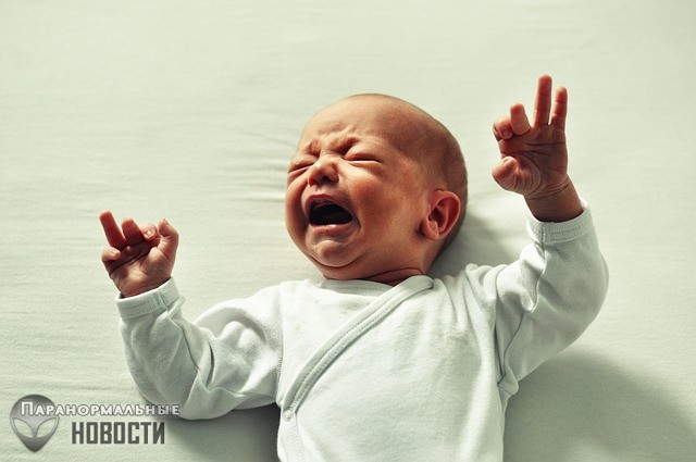 Пугающий случай произошел в Малайзии, где женщина кормила грудью призрачного младенца-подменыша