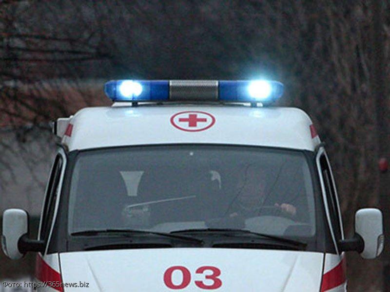 В Казахстане отец погиб, закрыв собой сына перед несущимся автобусом