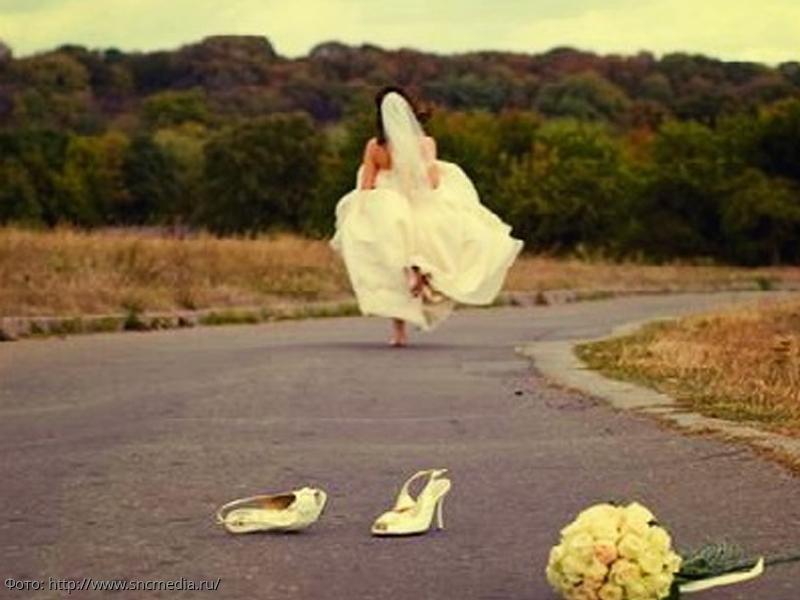 Невеста проучила жениха, который изменял ей, прямо у алтаря
