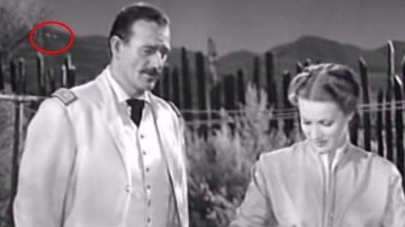 На кадрах фильма 1950 года заметили НЛО