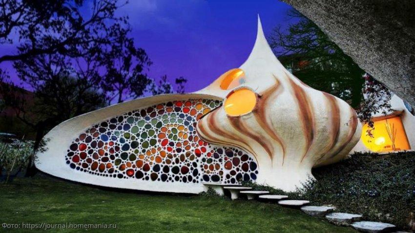 Необычный дом в форме ракушки на мексиканском острове
