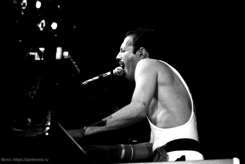 Вышла новая книга о вокалисте группы Queen «Freddie Mercury: A Life, In His Own Words»