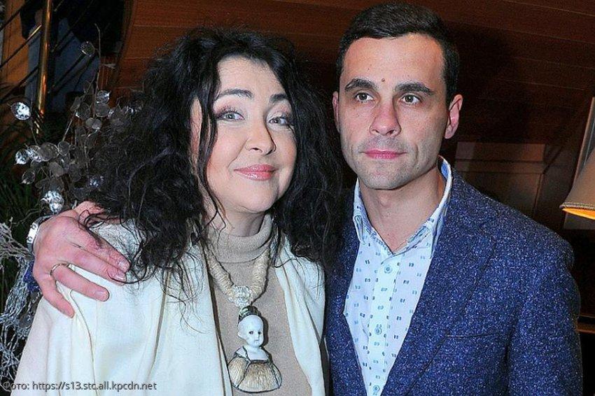 Певица Лолита с юмором оценила фотографию бывшего мужа с его избранницей