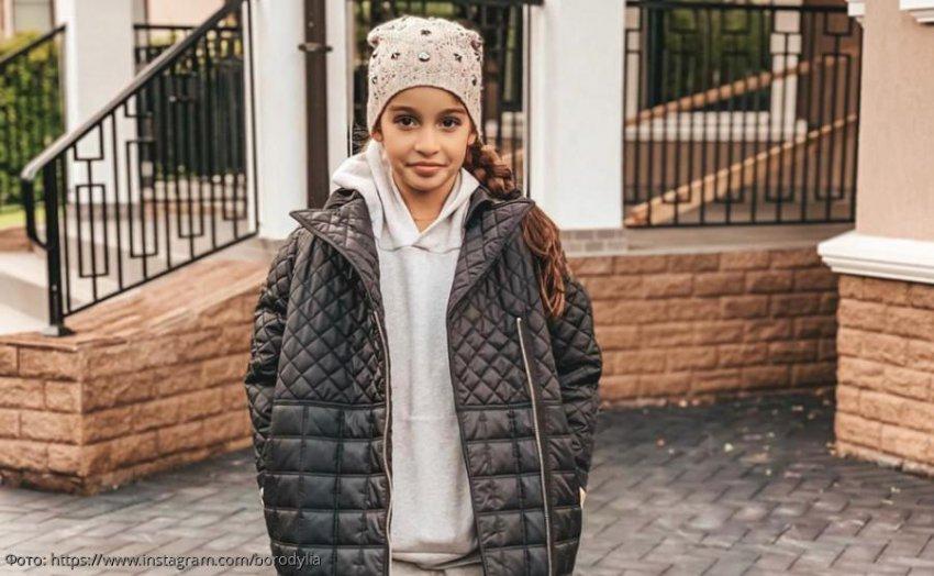10-летнюю дочь Ксении Бородиной экстренно прооперировали