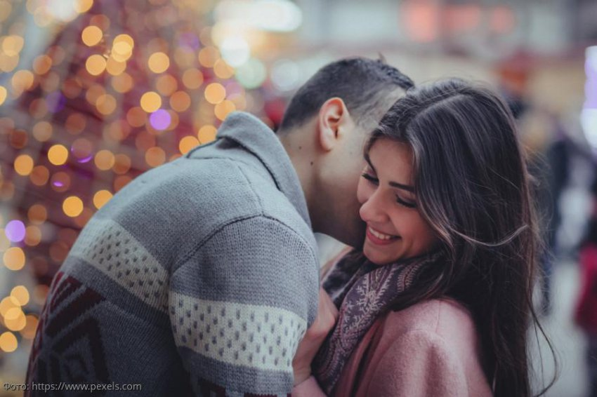 Пять знаков зодиака, которым в ноябре повезет в любви