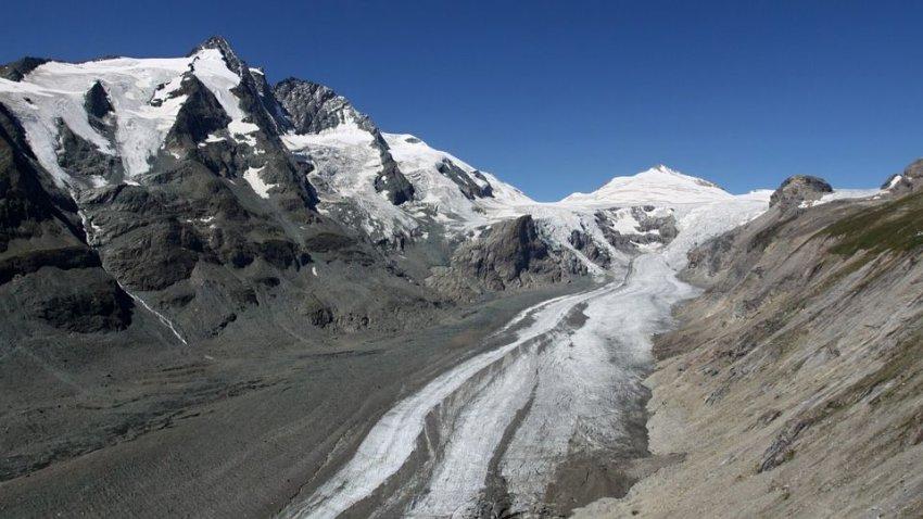 Ученые встревожены: в Альпах за 5 лет растаяло 10 процентов ледников