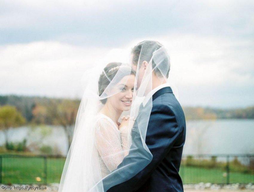 История из жизни: невеста сбежала со свадьбы, случайно услышав разговор своего отца с женихом