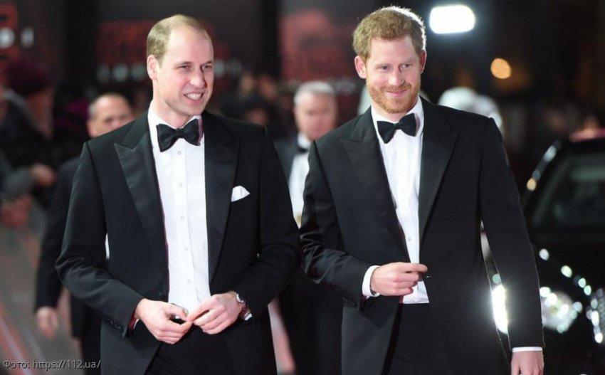 Принц Гарри впервые прокомментировал ссору с братом: «Наши пути разошлись»