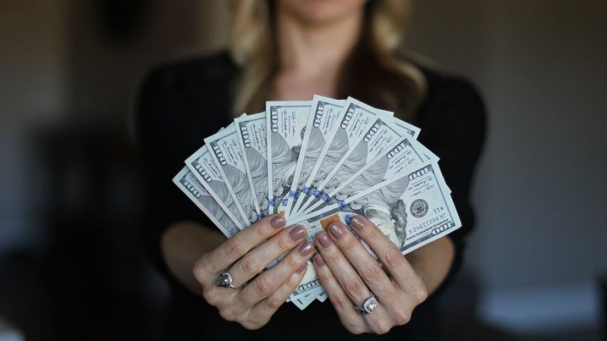 Названы знаки зодиака, которых в ноябре ждет финансовый успех