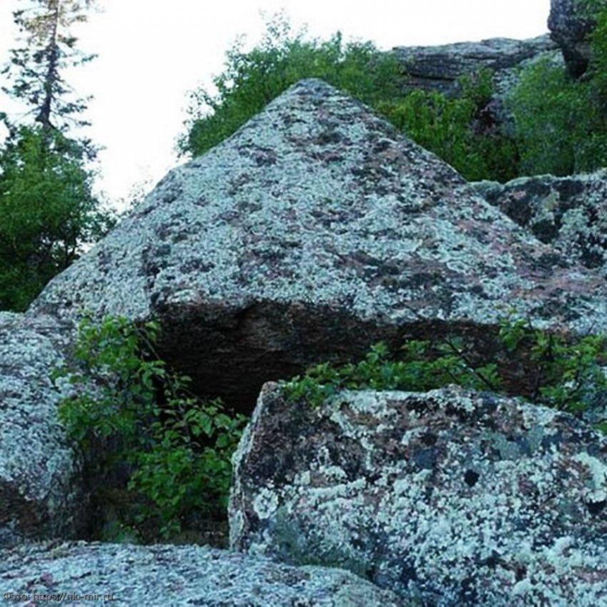 В России археологи обнаружили древнейшие пирамиды, которые долго оставались незамеченными