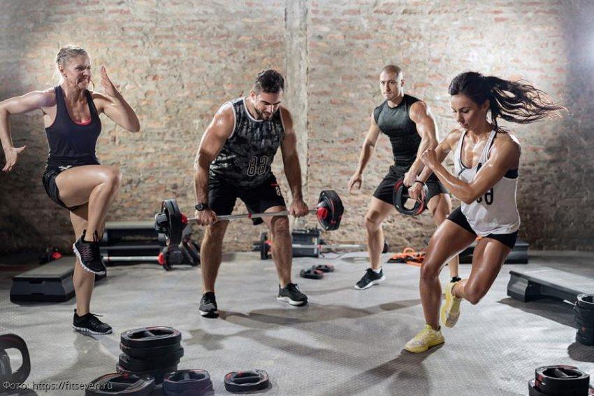 Кроссфит: идеальный способ похудеть и подготовить свое тело к новогодним праздникам