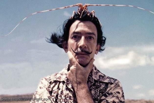 Сальвадор Дали: история с чупа-чупсом или 10 странностей великого живописца