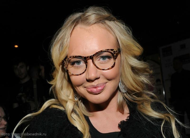 Маша Малиновская раскритиковала поведение Яны Рудковской за ее неискренность и жалобы на жизнь