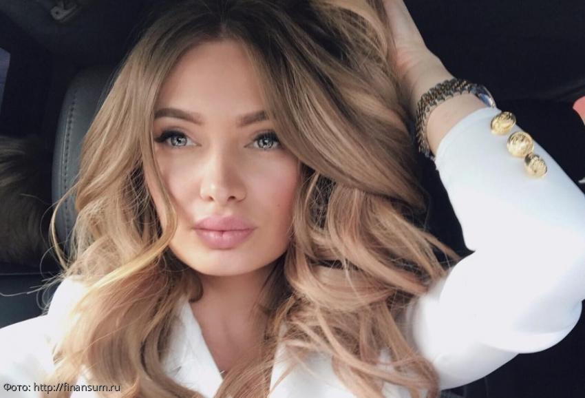 Интернет-пользователи уличили жениха Евгении Феофилактовой во лжи