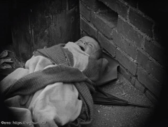 История из жизни: мать бросила годовалую дочку в пустом доме, а через 20 лет решила вернуть ее