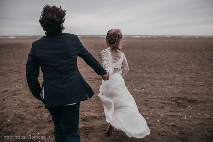 Советы, которые помогут женщине завоевать мужчину-Водолея