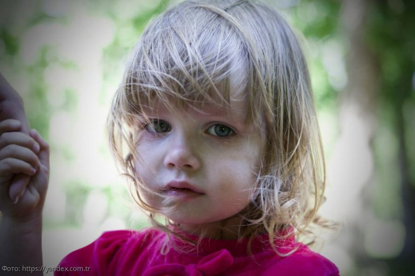 Девочка попросила незнакомую тётю прийти к ней на школьный праздник: «Побудь моей мамой»