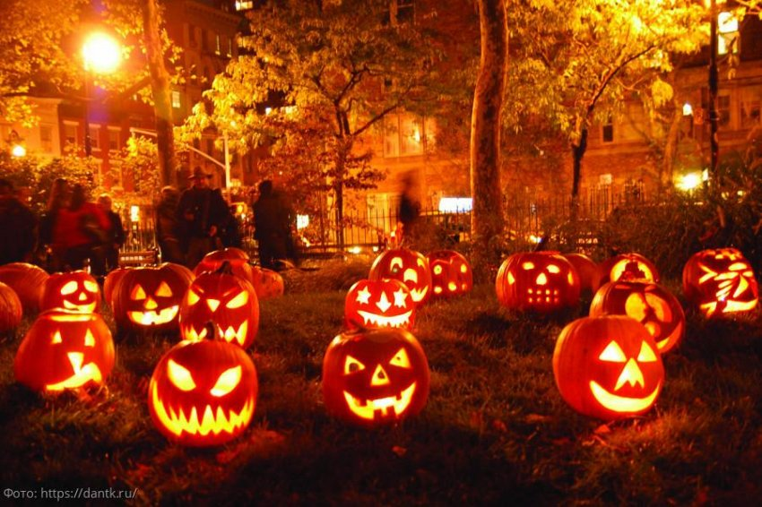 Хайди Клум представила свой костюм на Хэллоуин