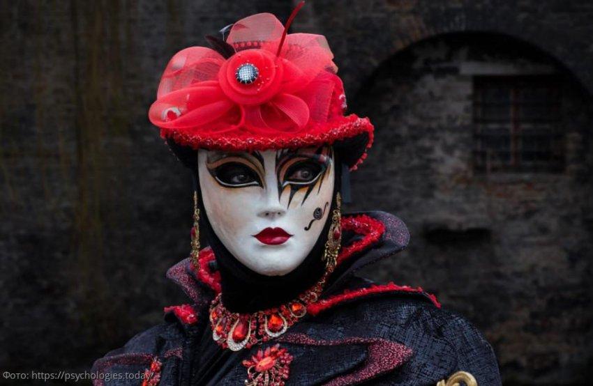 Личности, скрывающиеся под масками женщин-Овнов, Весов и Стрельцов