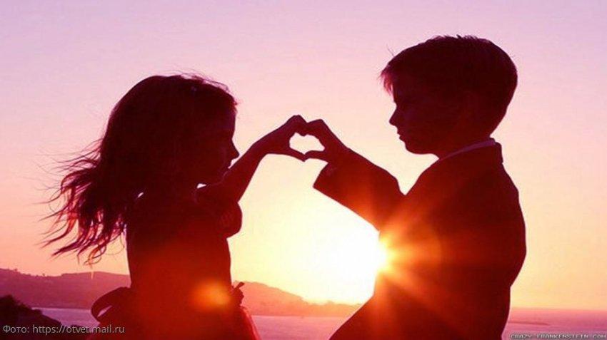 Два знака Зодиака, которые получат в ноябре весточку от первой любви
