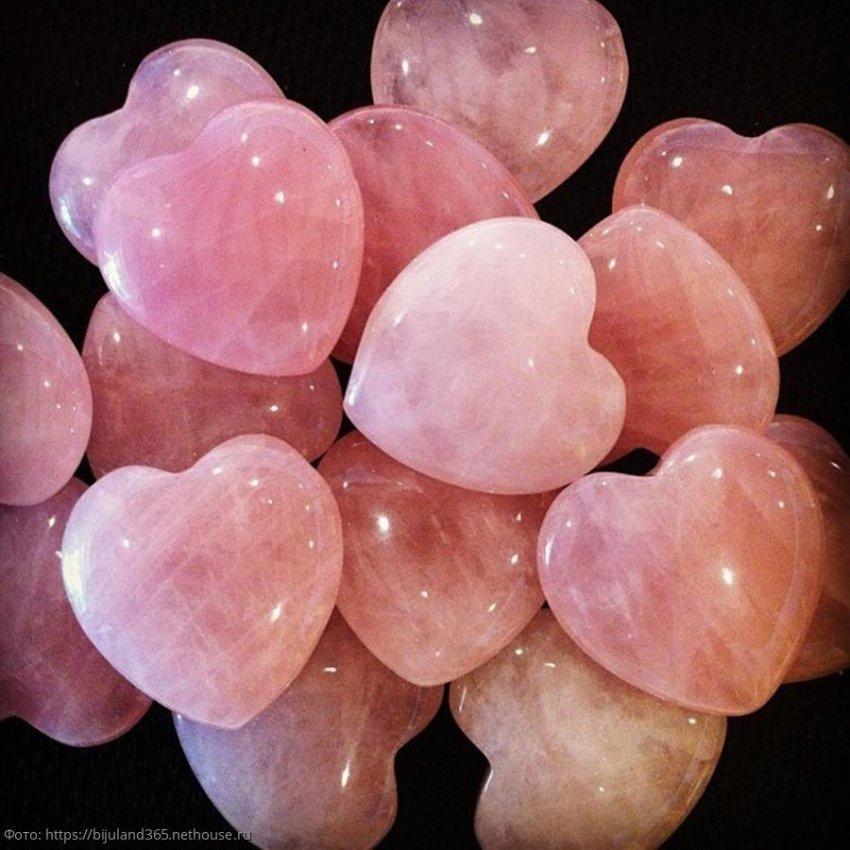 Эзотерик рекомендует: эти камни привлекут сильную любовь