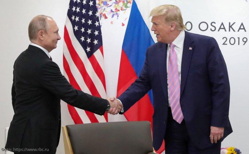 Дональд Трамп позитивно отреагировал на предложение Путина принять участие в параде в честь Дня Победы