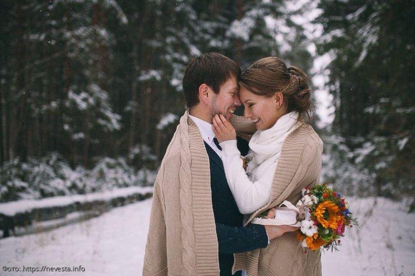 Три знака зодиака, которых в декабре ждёт невероятно красивая история любви