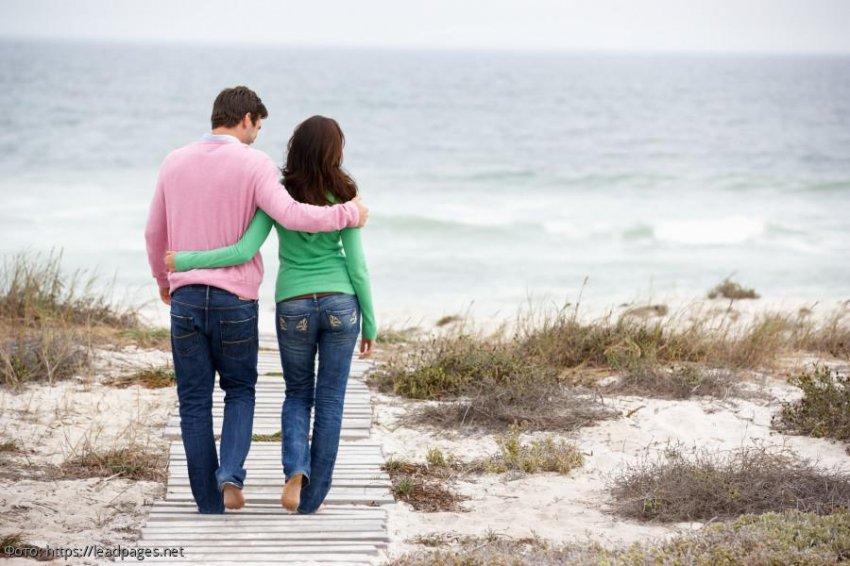Жена хотела снять один день из жизни семьи, но случайно разоблачила измену мужа с лучшей подругой