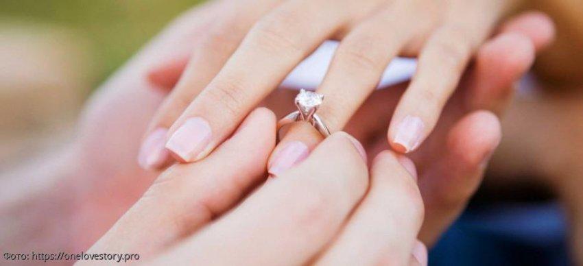 Знаки зодиака, представительницам которых партнер уже в декабре предложит руку и сердце