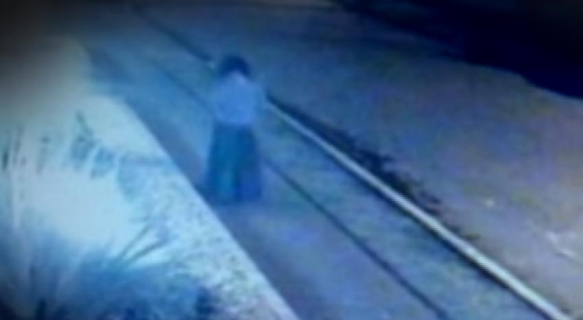 В Колумбии камеры засняли таинственное исчезновение женщины в старинном одеянии