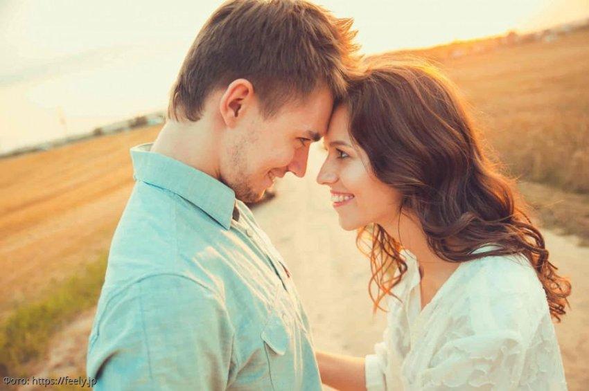 Невеста отменила свадьбу и сбежала от жениха, как только увидела дедушку своего избранника