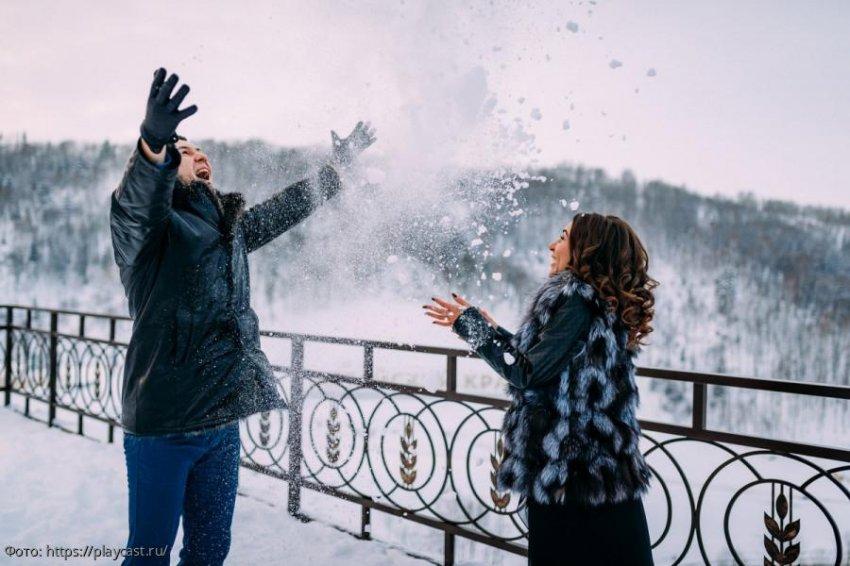 Три знака зодиака, которым зима подарит жаркое время любви