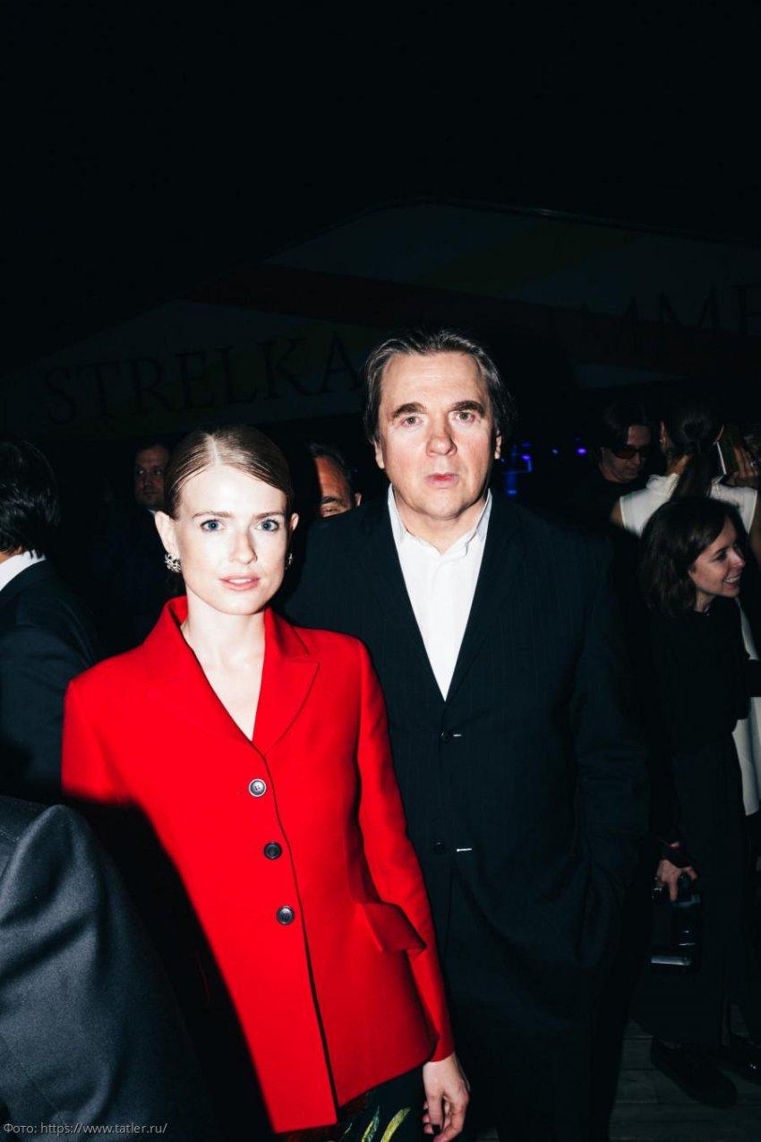 Константин и Софья Эрнст ждут пополнения в семье
