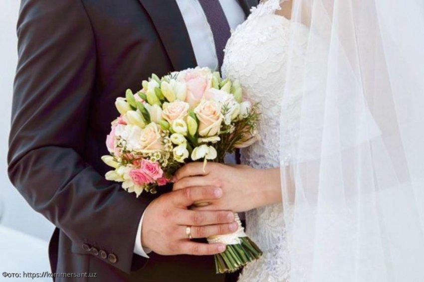 Невеста бросила жениха у венца, а через 10 лет пришла к нему в семью требовать обещанной свадьбы