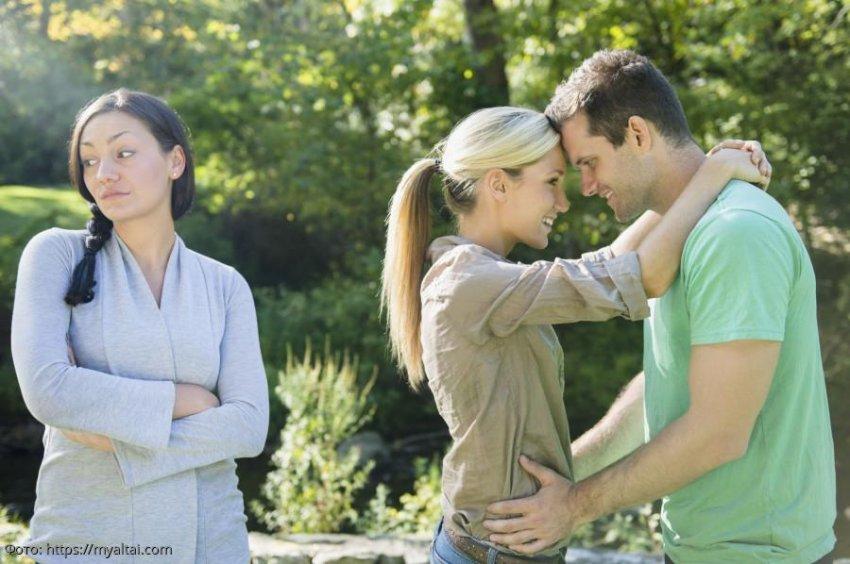 История из жизни: муж ушёл к любовнице, но вскоре вернулся обратно, соскучившись по домашней еде