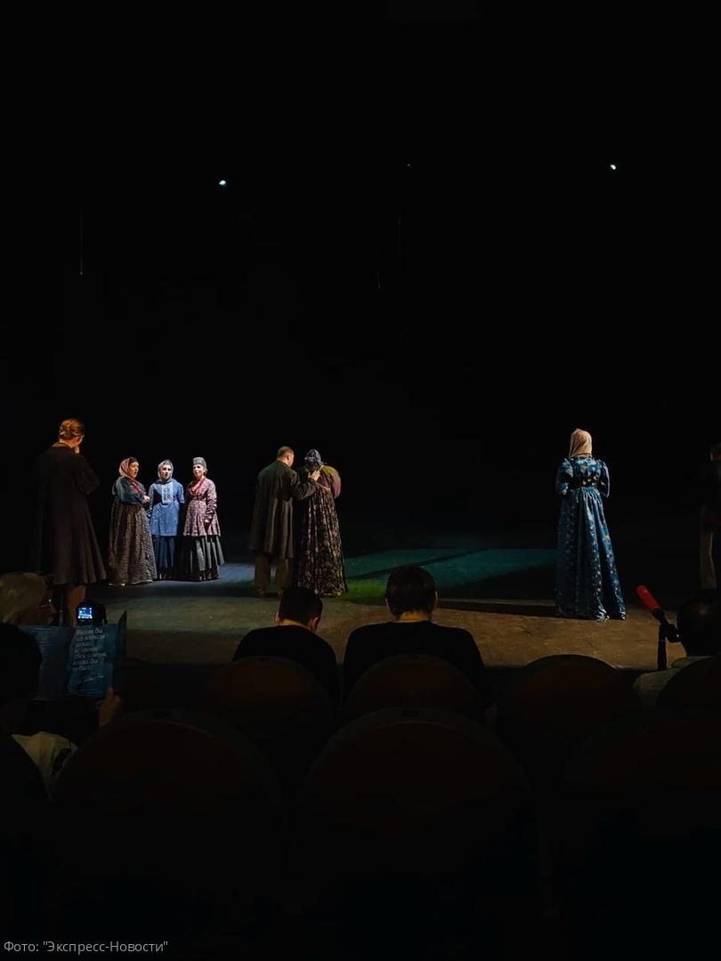 Новая постановка романа Льва Толстого «Война и мир» театра «Модерн»: абсолютно новый взгляд на произведение