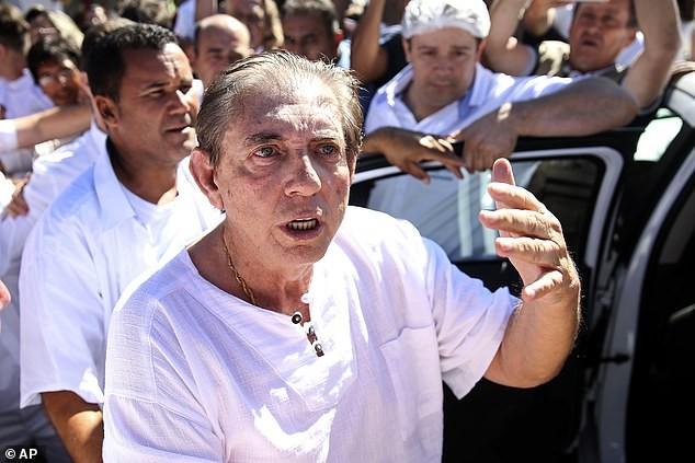 Бразильского целителя, которого защищали потусторонние силы, посадили в тюрьму на 19 лет