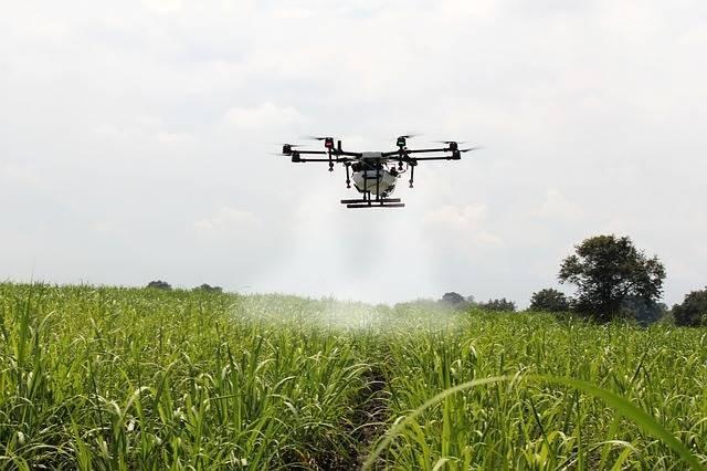 Над США тайно летает группа загадочных огромных дронов