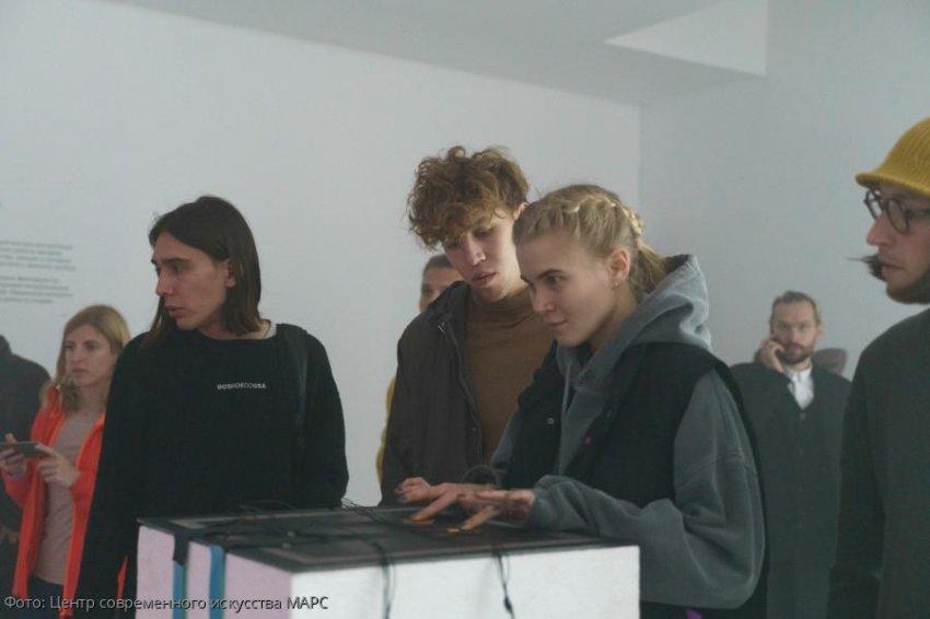 Центр современного искусства М'АРС и художник Максим Силенков представляют новый выставочный проект SENSOR