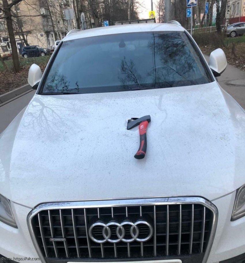В Москве продолжаются парковочные войны