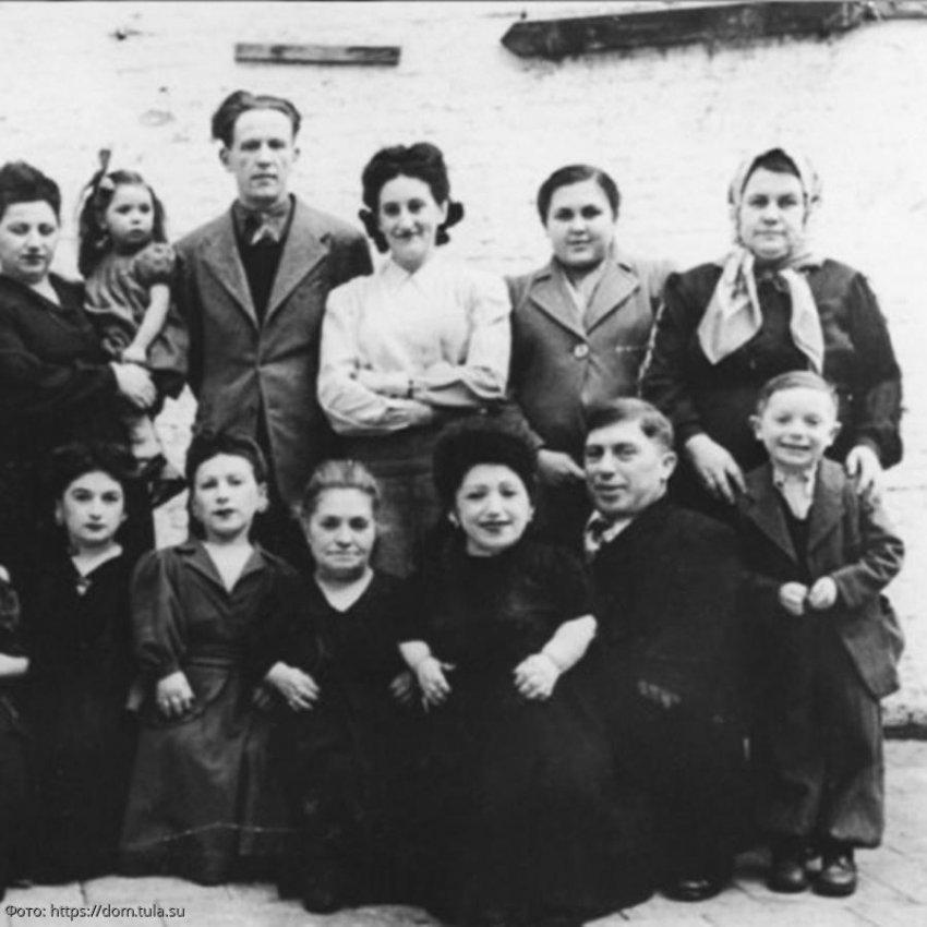 Карлики Овицы стали единственной семьей, целиком выжившей в Освенциме