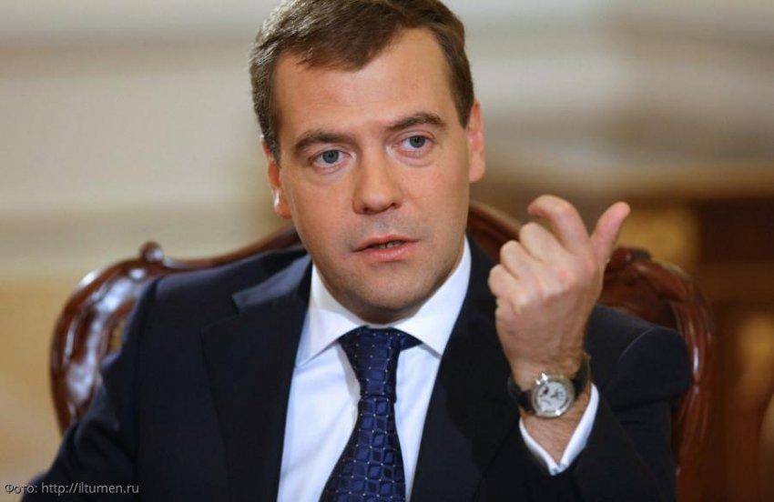 Дмитрий Медведев рассказал Насте Ивлеевой о перспективах работы YouTube в России