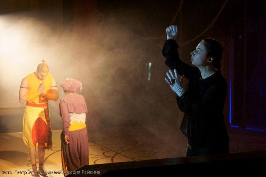 Театр Эстрады им. А.Райкина проведет первую в России онлайн трансляцию спектакля «Бармалей» с сурдопереводом