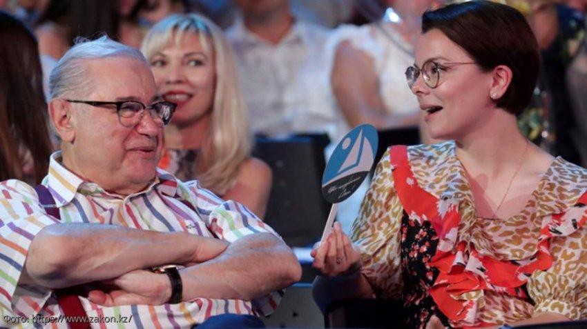 Елена Степаненко прокомментировала слухи о свадьбе Петросяна и Брухуновой