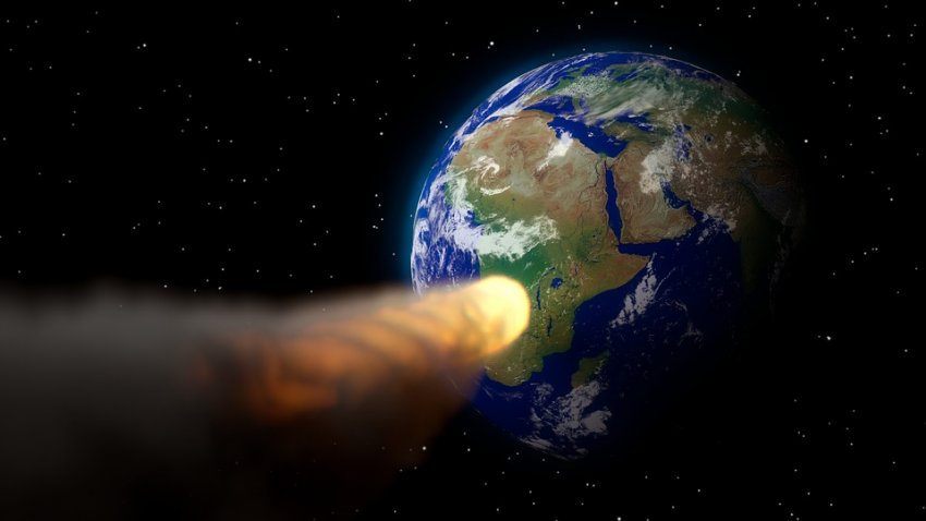 Космическая угроза: названо время падения огромного астероида на Землю